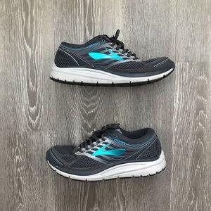 Brooks Addiction 13 Women's Running Shoes Size 10